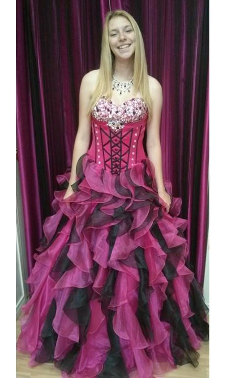 Robe de bal funky rose avec bustier corset & crinoline
