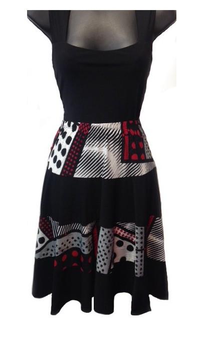 Jupe Courte avec frills domino rouge et noir Collection Modes Gitane